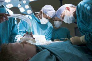 Масочный наркоз в операционной