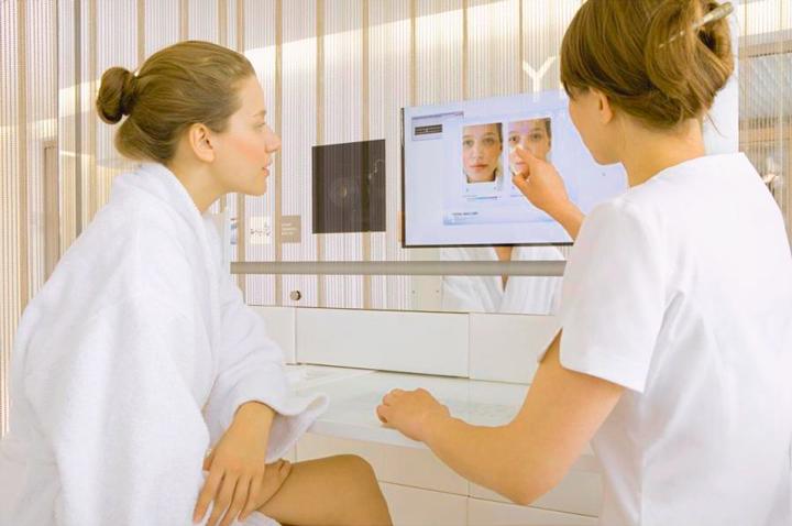 Предварительная консультация с врачом перед процедурой ботокса