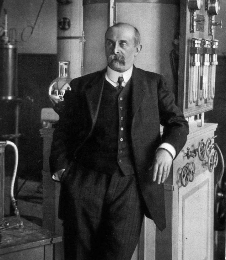 Физиолог из Франции д'Арсонваль