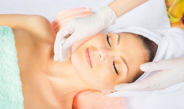 ОЧистка кожи лица перед применением Ювидерма