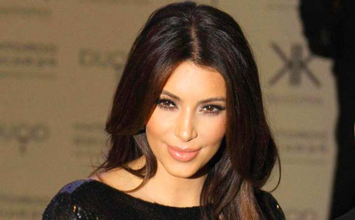 Популярная звезда Ким Кардашьян