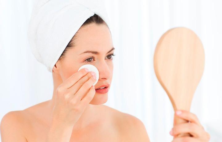 Очистка кожи перед процедурой
