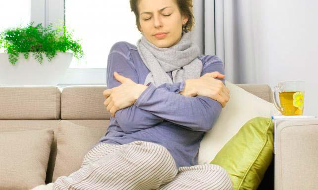 Основные симптомы попадания инфекции после липосакции подбородка