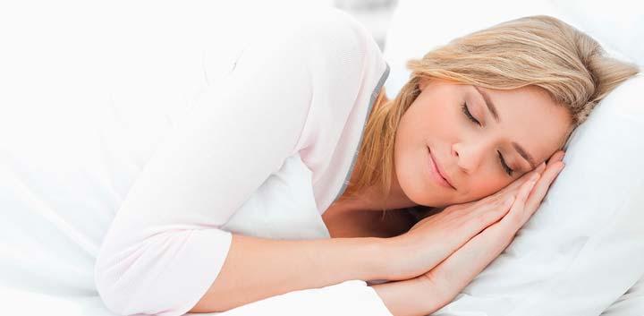 Сон на высоких подушках после липосакции подбородка