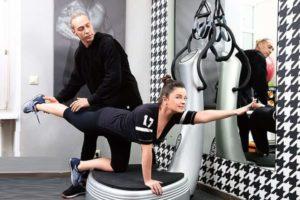 Наташа Королева занимается спортом