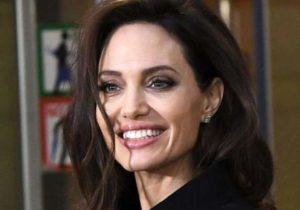 Анджелина Джоли - популярная актриса