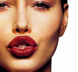История силикона в губах