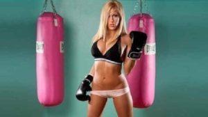 Девушка и спорт