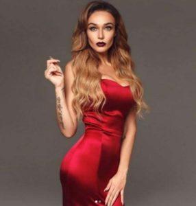 Водонаева в красном платье