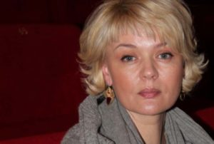 Юлия Меньшова с новой стрижкой
