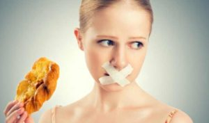 В медицинских целях голодание используют для сброса лишнего веса