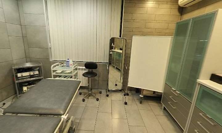 Косметологическое отделение оборудовано разными современными модификациями лазеров для проведения пилинга